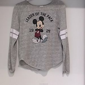 Disney• Mickey, leader of the pack graphic shirt